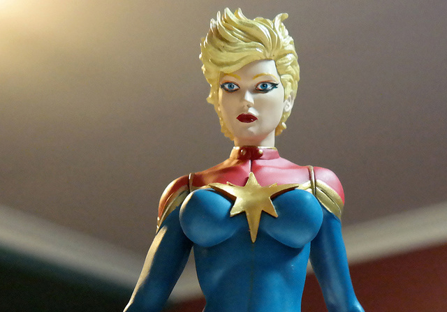 Captain Marvel figure | Rizal Farok