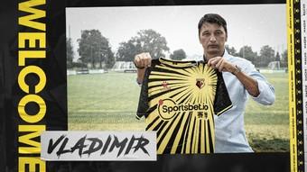 new Watford FC kit and coach | Rizal Farok