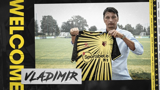 new Watford FC kit and coach | Rizal Farok